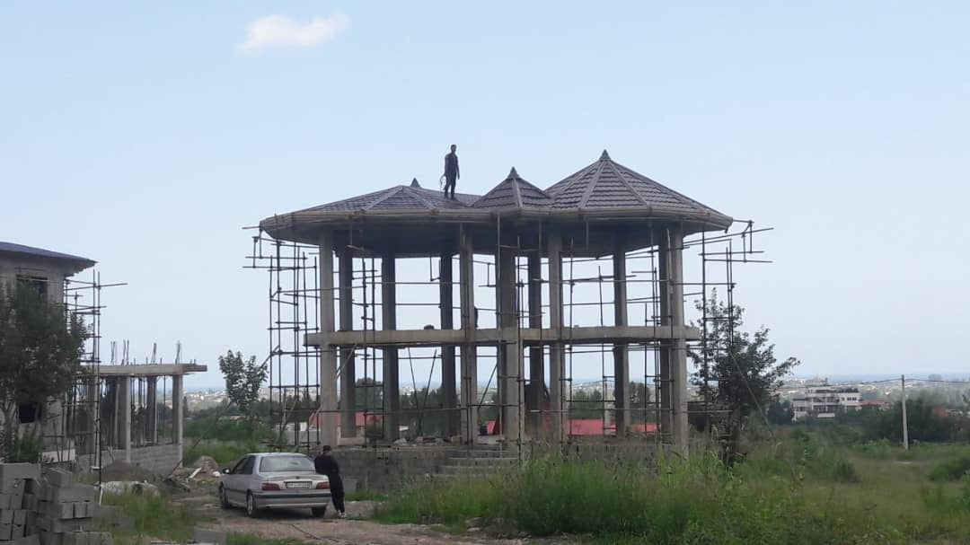 ساخت ونصب سقف ویلایی با نما ولمبه و ورق پرچین  تنکابن