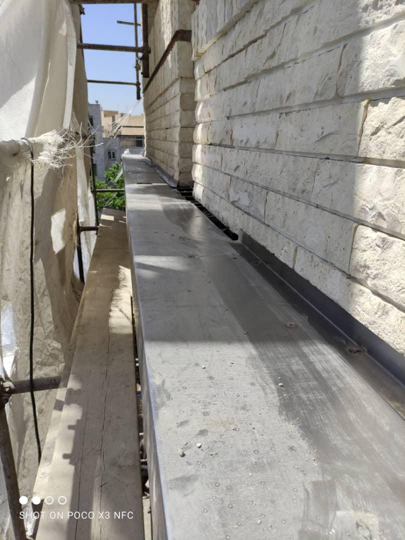تهیه و نصب قرنیز در نمای ساختمان